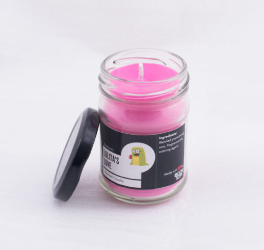 lollitas-love-scented-candle-booksom